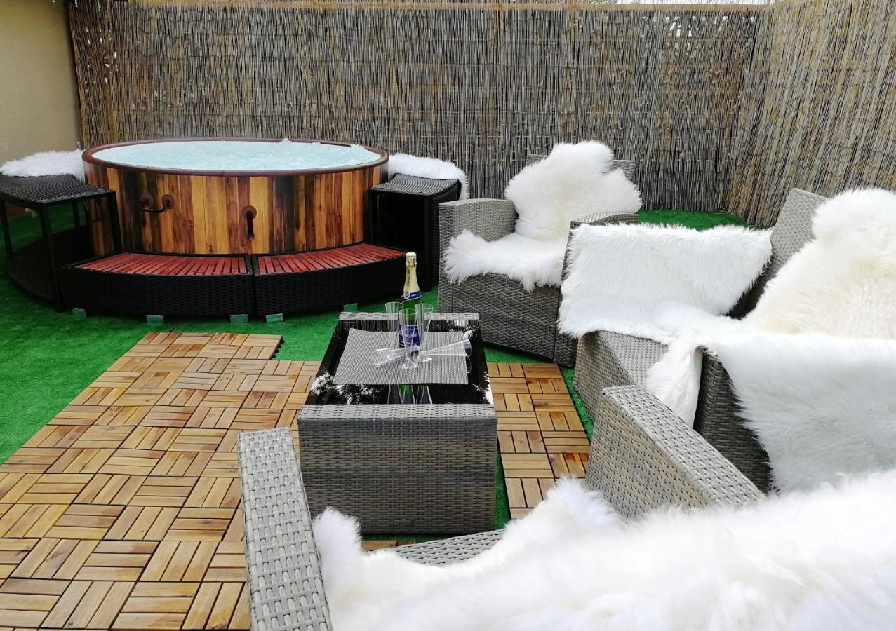 Апартаменты/квартиры  Family Style & Garden Apartments