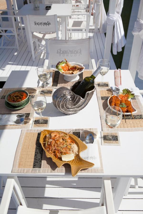 Ushuaia Lounge Stoel.Jacaranda Apartments Spanje Es Cana Booking Com
