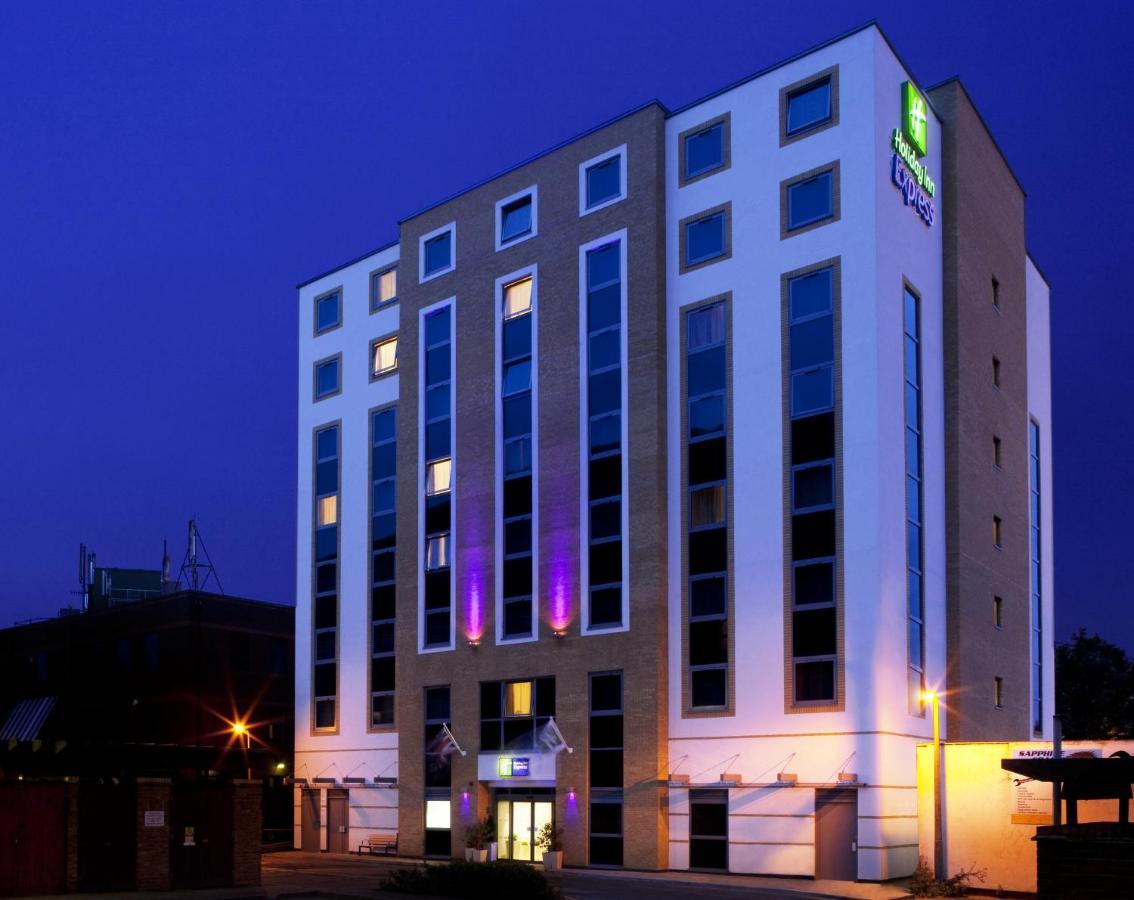 Holiday Inn London Watford Juncti Uk Bookingcom