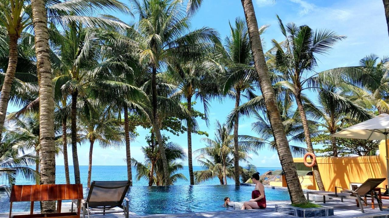 Курортный отель  Vida Loca Sunset Beach Resort