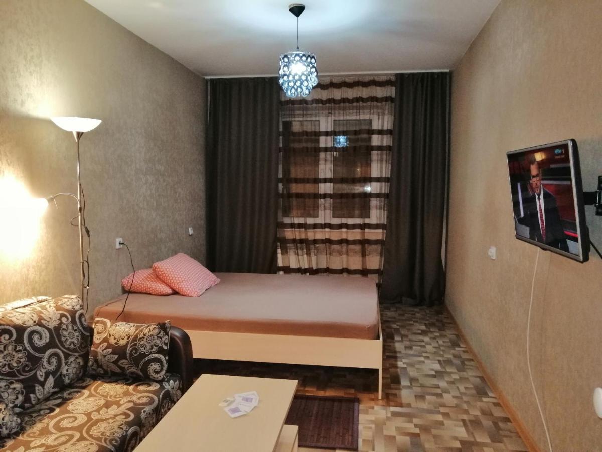 Фото  Апартаменты/квартира  Apartment On Martynova 18
