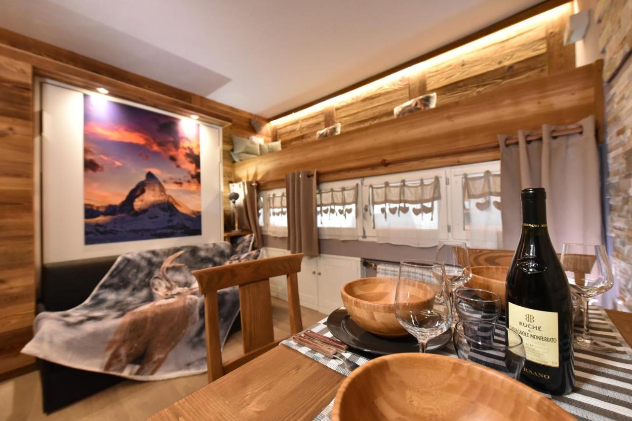 Mobile Dietro Al Divano giomein - cervino suite chalet, breuil-cervinia, italy
