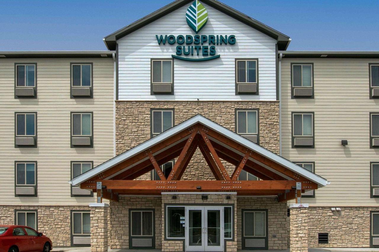 Отель  Woodspring Suites Cherry Hill