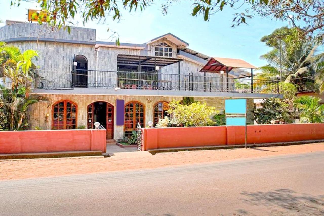 Вилла  Villa Near Anjuna Beach, Goa, By GuestHouser 64785