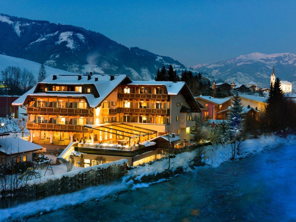 Отель  Hotel Kaprunerhof