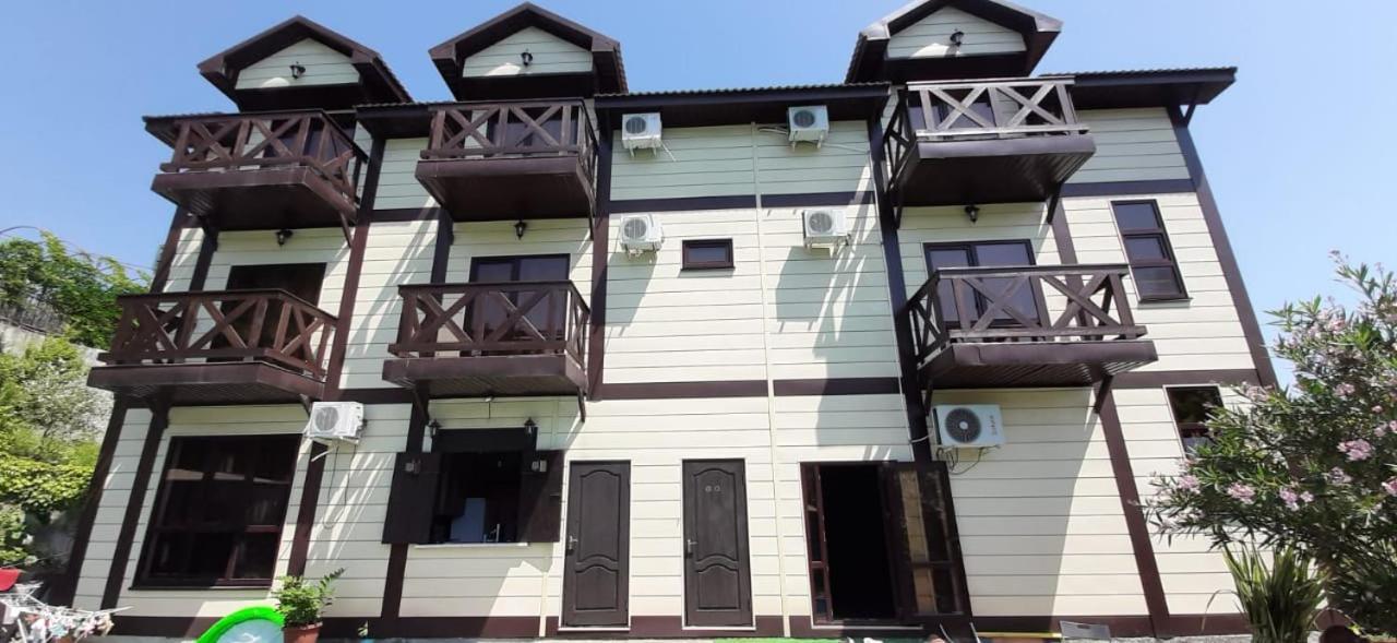 Фото  Гостевой дом  Гостевой Дом Пиратская пристань