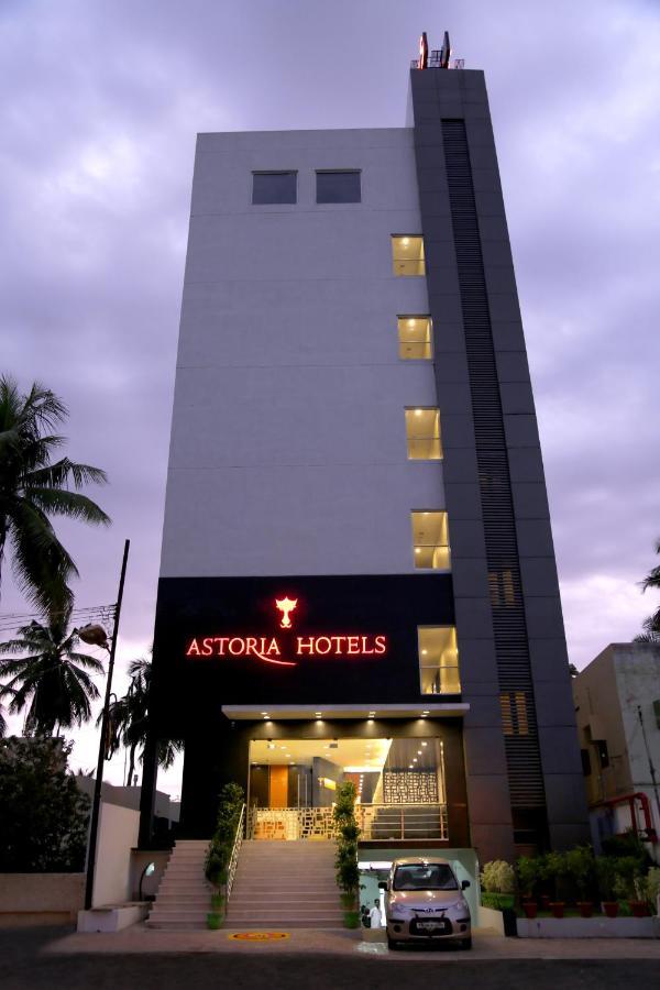 Отель  Отель  Astoria Hotels By Sparsa
