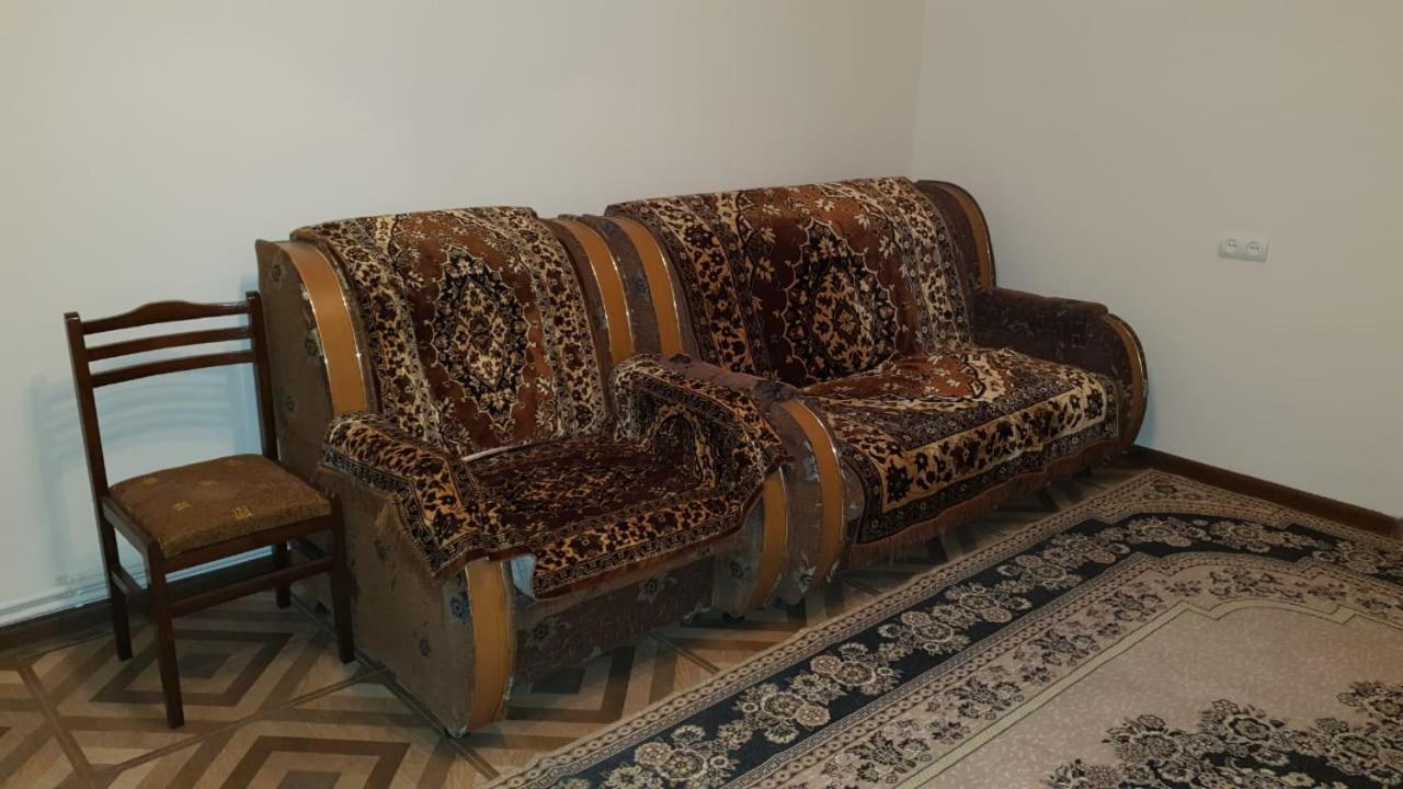 Апартаменты/квартира  Apartment Rent Yerevan Aramenia Andraniki 133