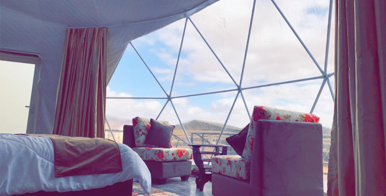 Люкс-шатер  Rais Camp Wadi Rum