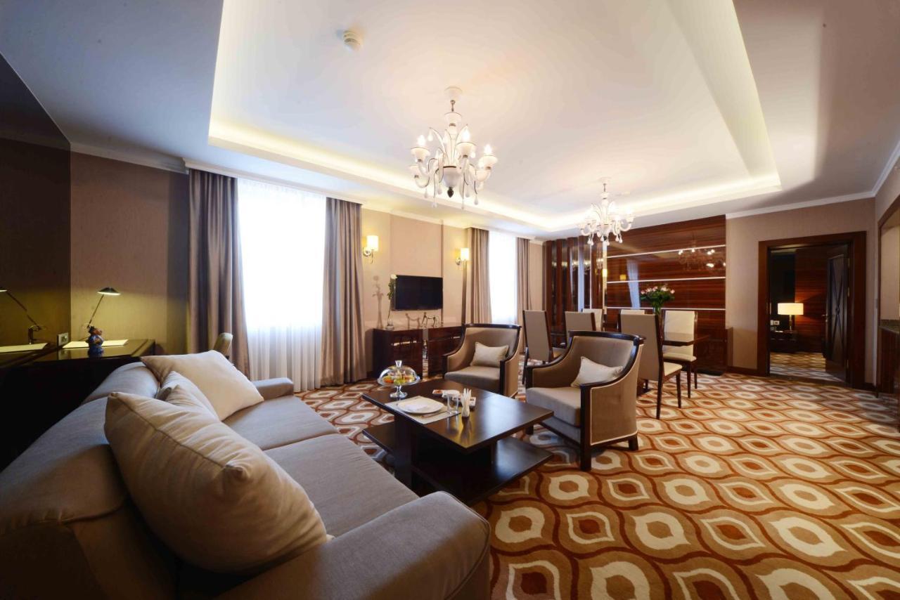 Отель  Lotte City Hotel Tashkent Palace
