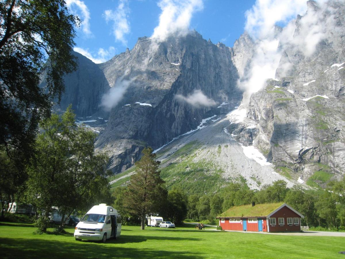 Лодж  Trollveggen Camping