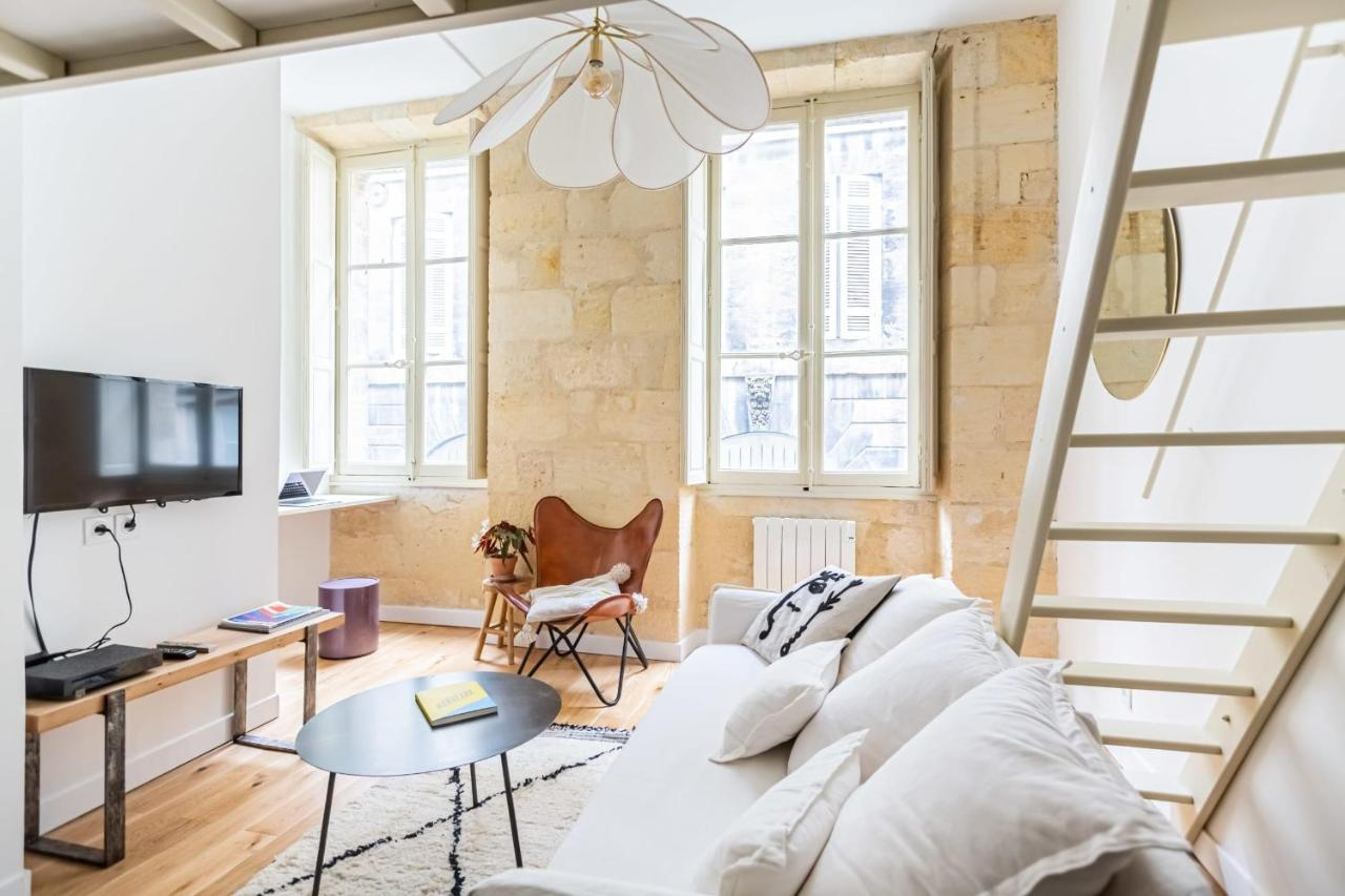 Апартаменты/квартира  Bright And Cosy Studio In The Historical Heart Of Bordeaux By GuestReady