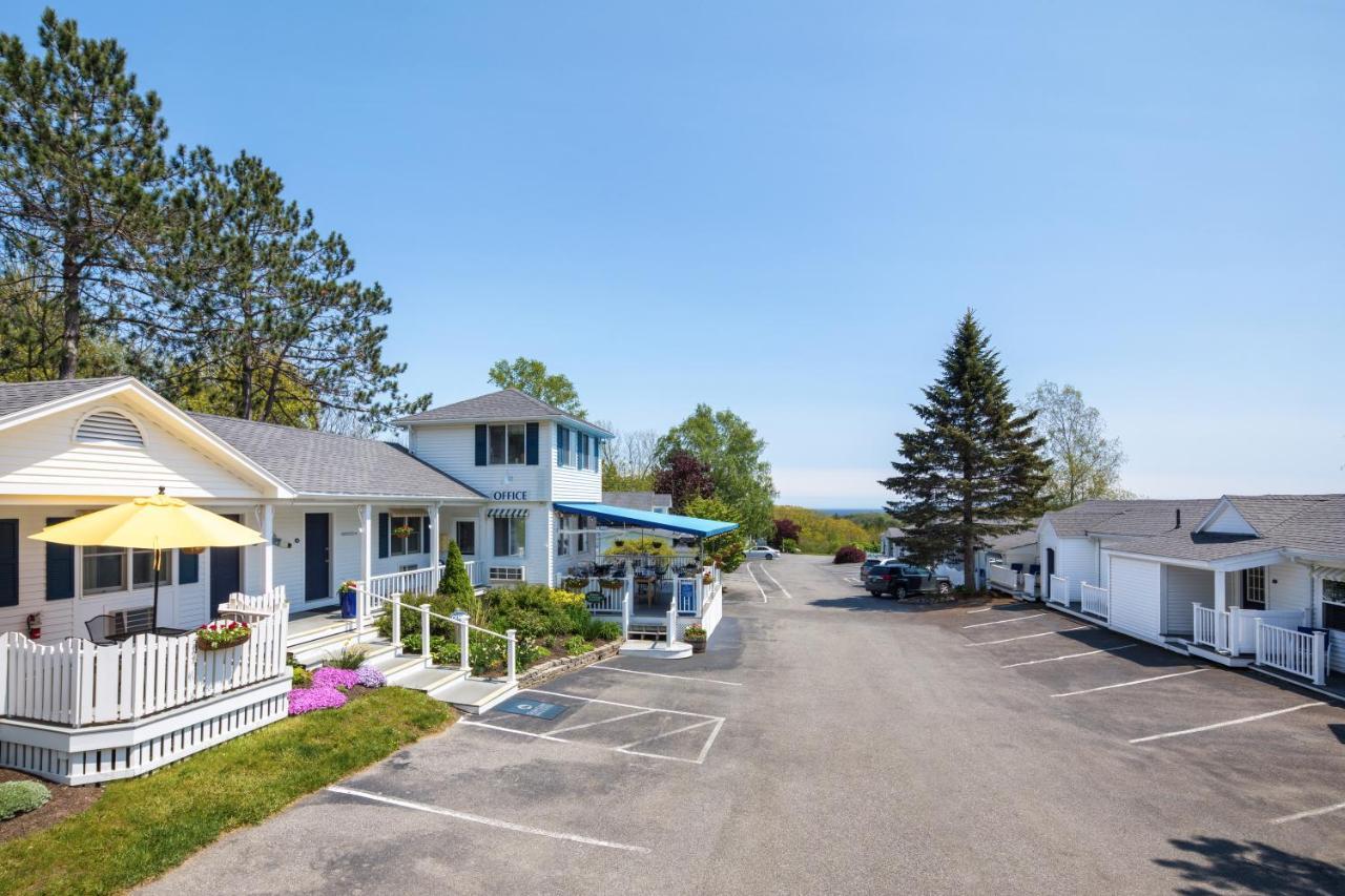 Мини-гостиница  Glen Cove Inn & Suites Rockport
