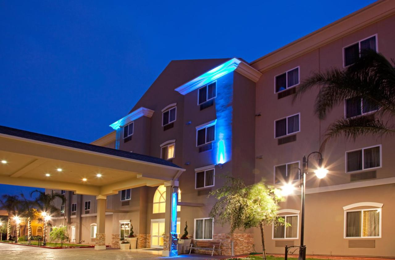 Отель  Holiday Inn Express Hotel & Suites Los Angeles Airport Hawthorne, An IHG Hotel