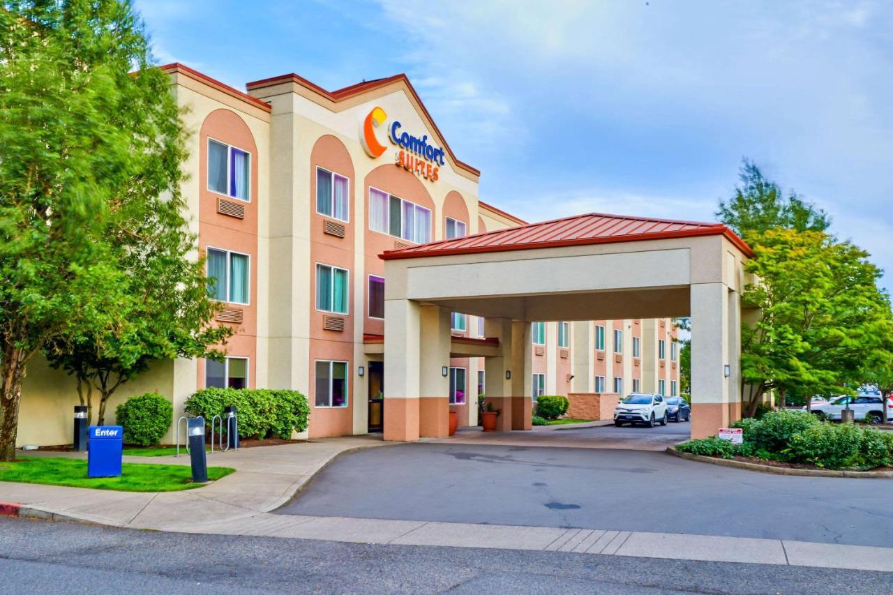 Отель  Comfort Suites Springfield RiverBend Medical