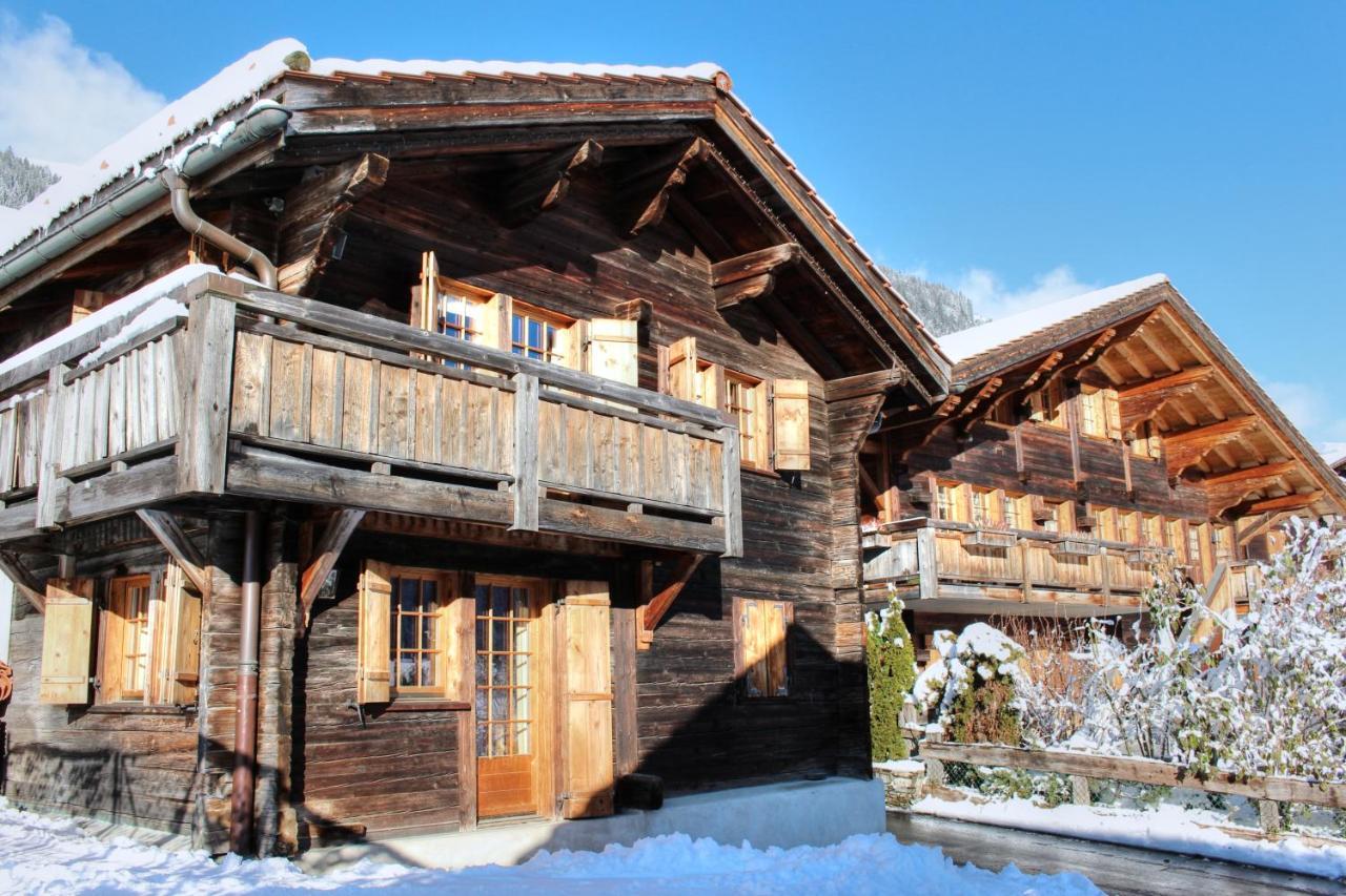 Mini Chalet En Bois chalet love nest, rougemont, switzerland - booking