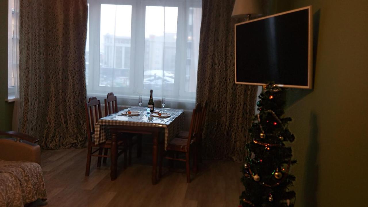 Фото  Апартаменты/квартира  Apartment On Surikova 10