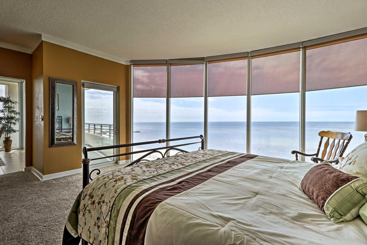 Beachfront Biloxi Condo W Balcony Gulf Views Ms Booking Com