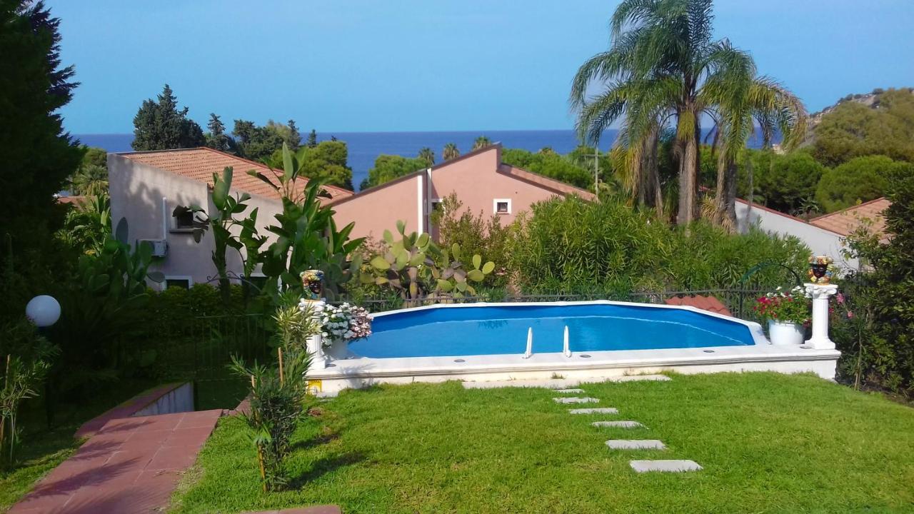 Вилла  Villa Ele - Pool N Garden