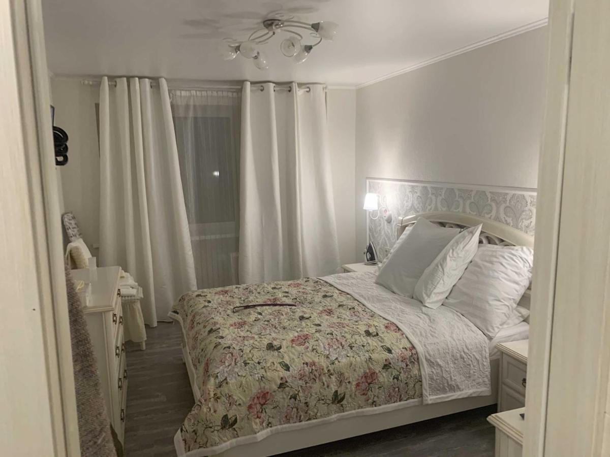 Апартаменты/квартира  Двухкомнатная квартира Свердлова 79А  - отзывы Booking