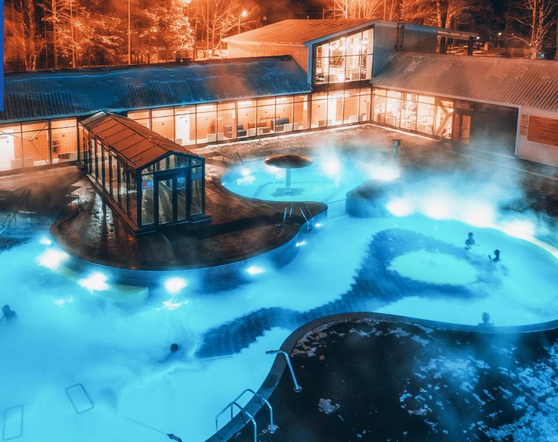 Фото  Отель  Гостиничный комплекс Открытый Термальный Бассейн