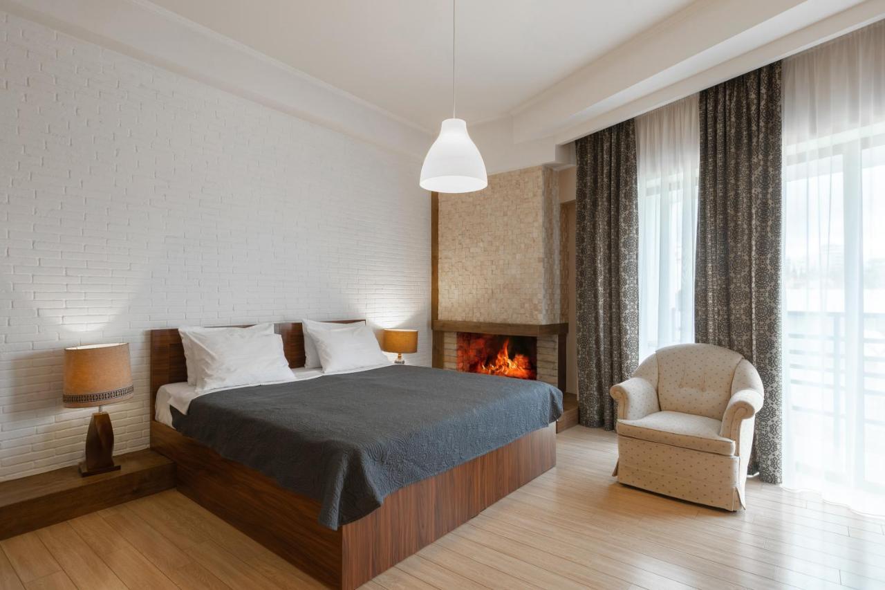 Отель  Hotel Beli