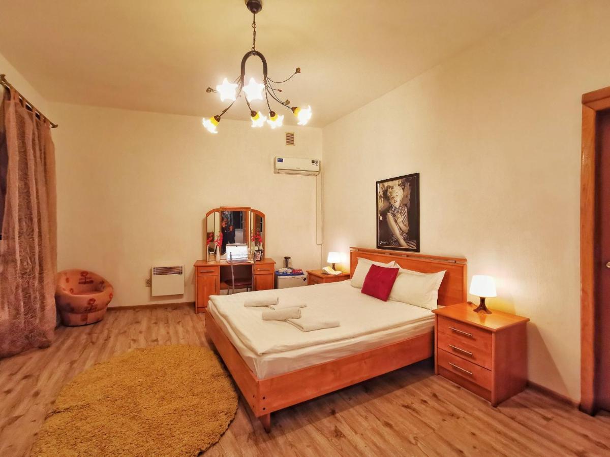 Апартаменты/квартиры  Apart-comfort Serenada