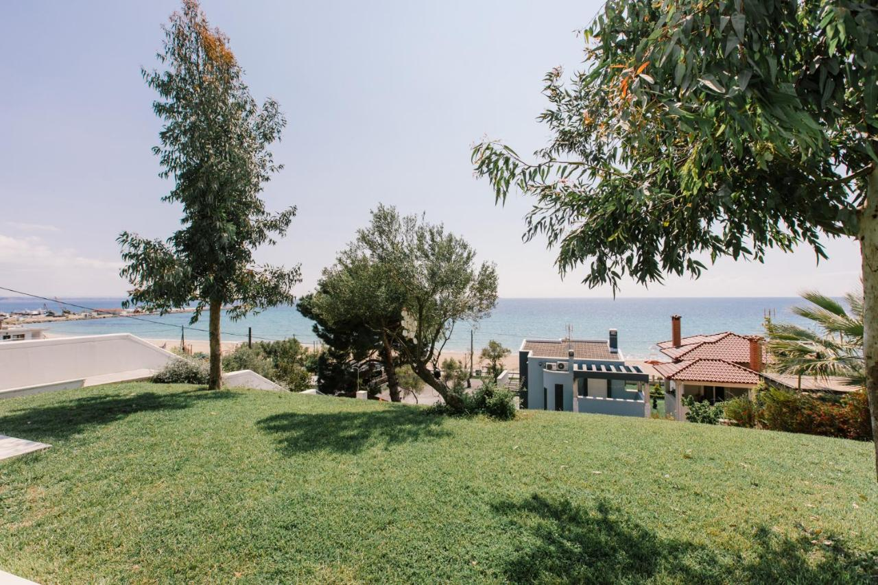 Вилла  Borealis Sea Side Villa, Moudania