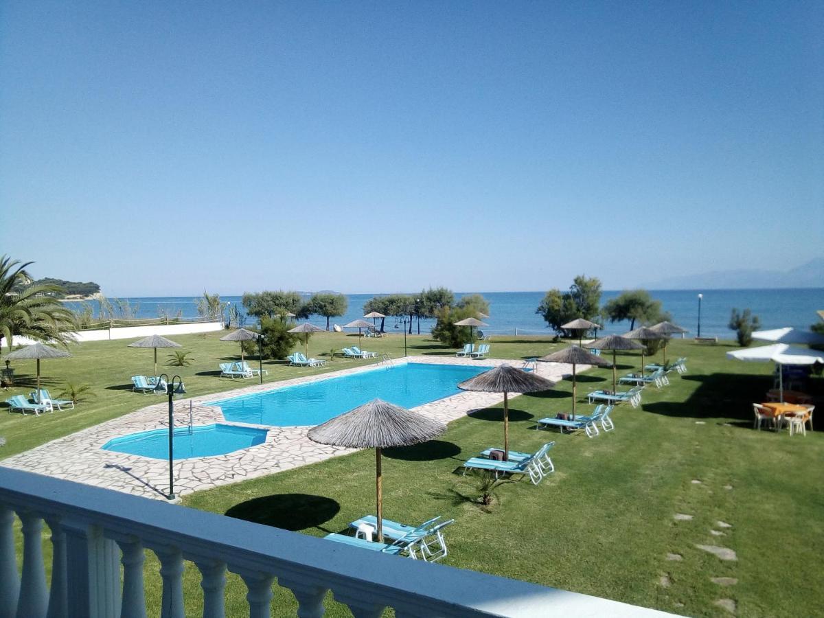 Апарт-отель  S&C Kosmos Beach Resort