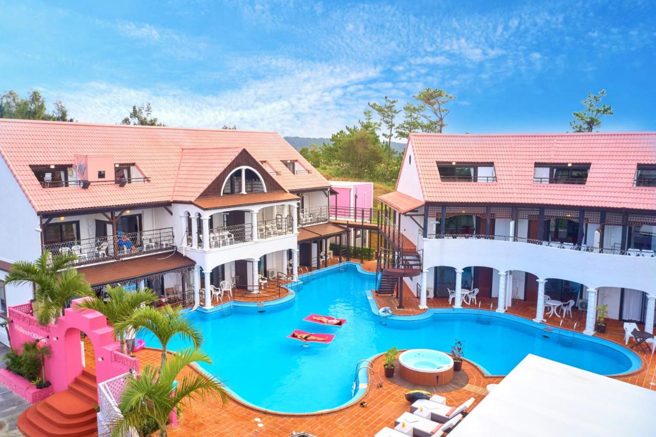 The Pool Resort OKINAWA