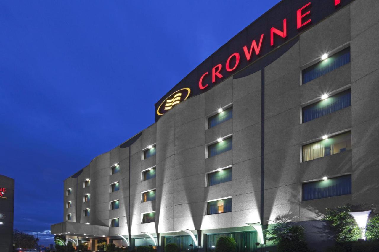 Отель  Crowne Plaza Toluca - Lancaster