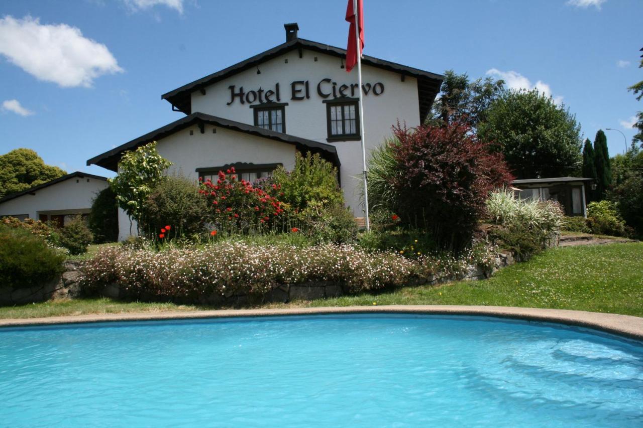 Отель  Hotel El Ciervo