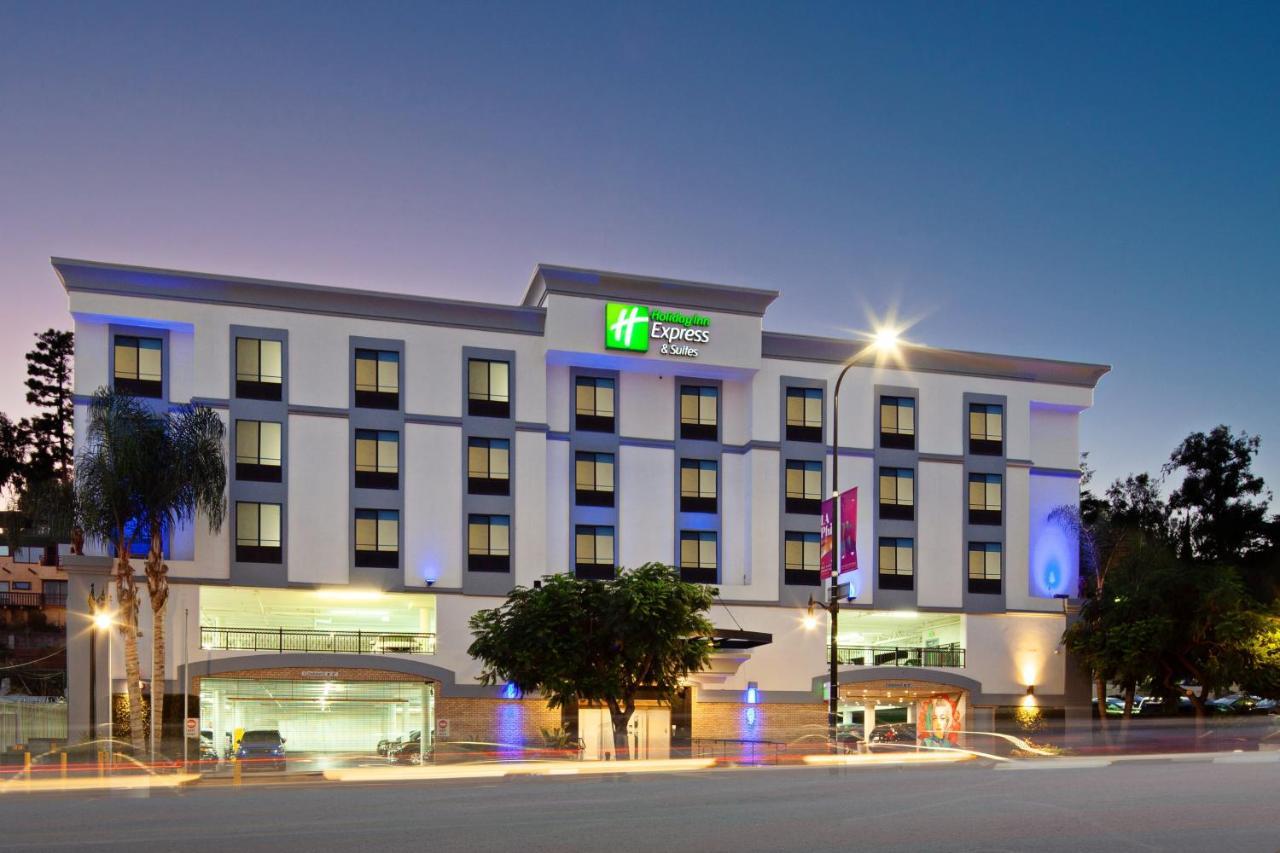 Отель  Отель  Holiday Inn Express Hollywood Walk Of Fame
