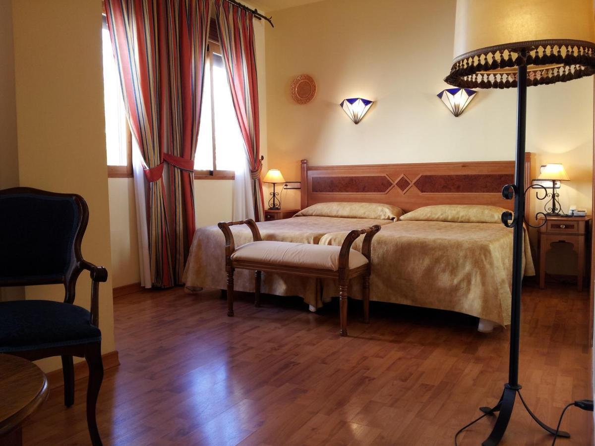 Отель  Castillo Lanjaron