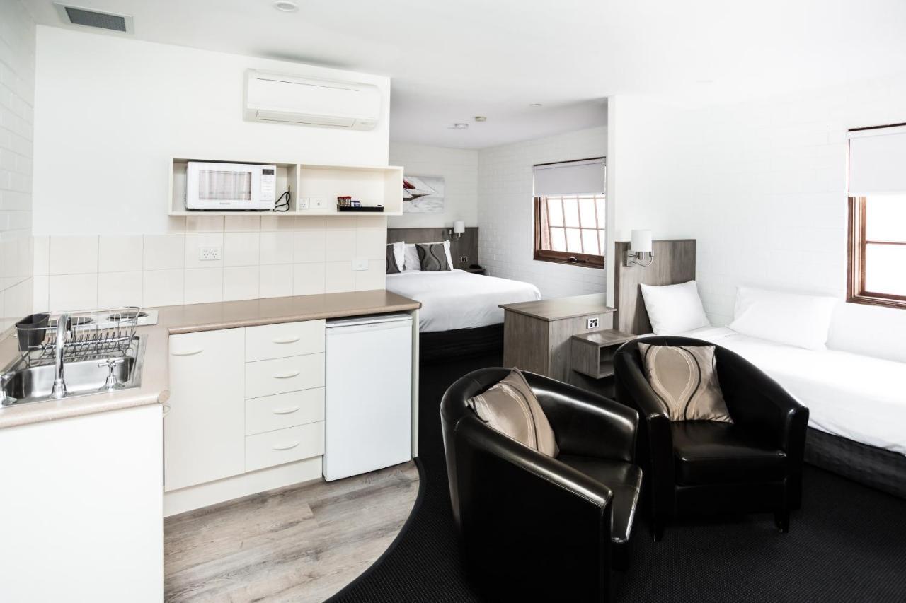 Мотель  Мотель  Bay Hotel Apartments (Previously Apartments At Woolmers)