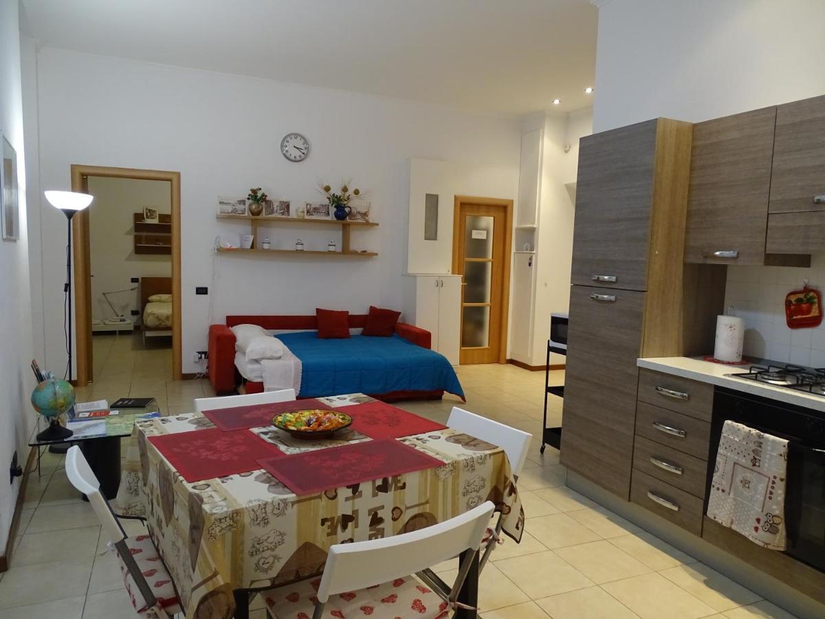 Armadio Ripostiglio Ad Angolo apartment casetta vecchia spezia, la spezia, italy - booking