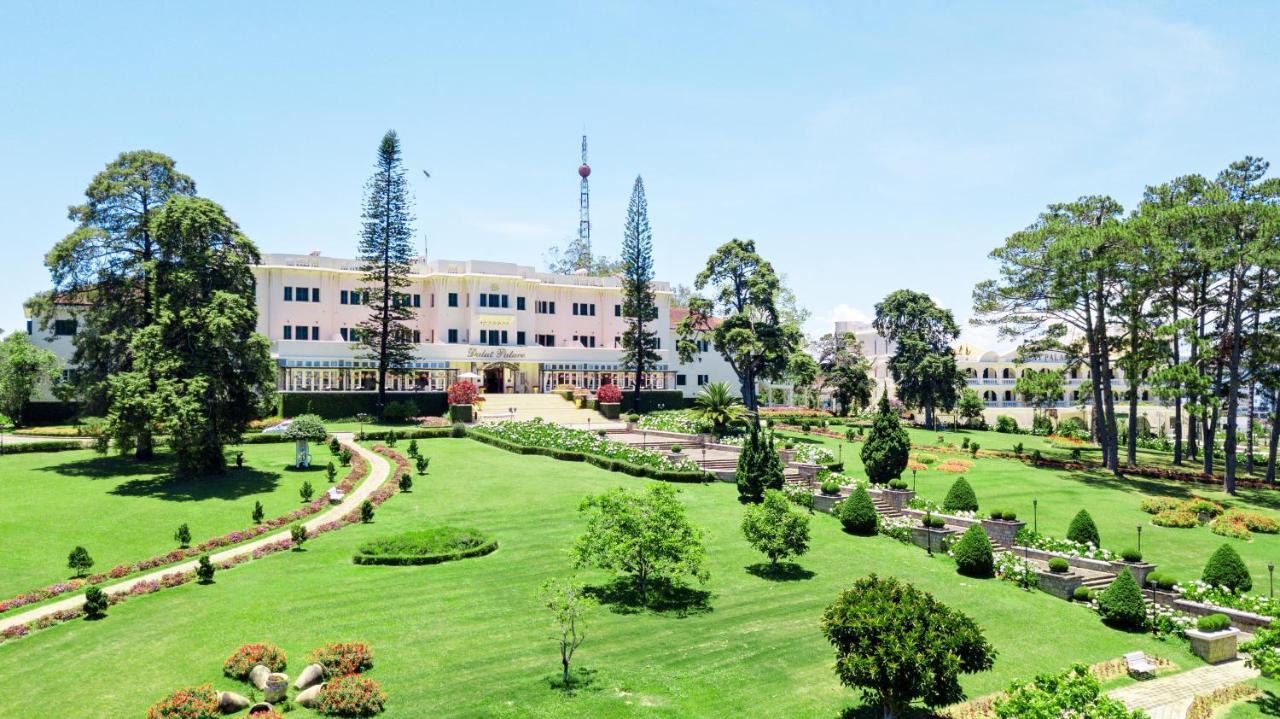 Отель Dalat Palace Heritage Hotel