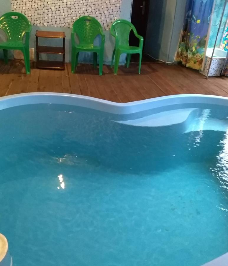 Дом для отпуска Домик во Пскове с бассейном и беседкой