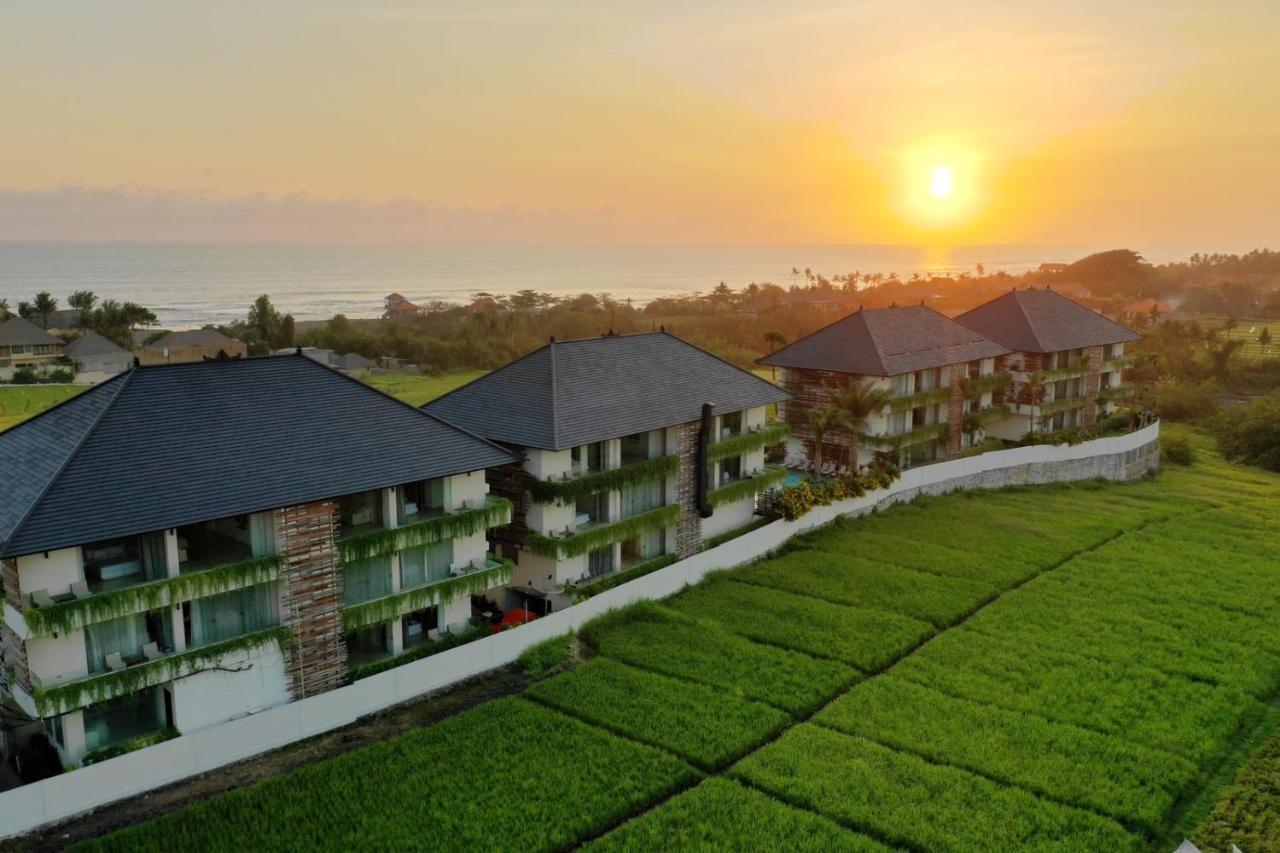 Апарт-отель  The Double View Mansions Bali