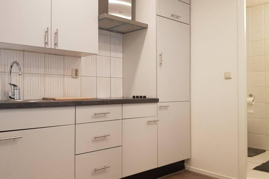 Апартаменты/квартира  Central Clean Apartment With Free Parking And Garden