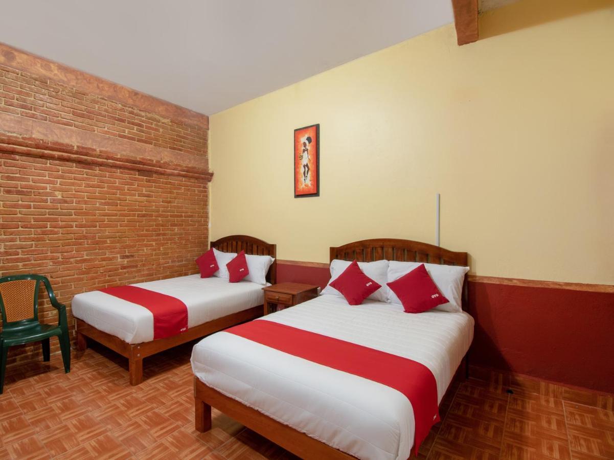 Отель  OYO Hotel Casa Sol