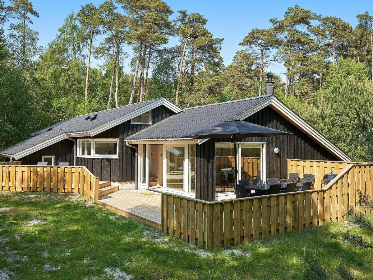 Дом для отпуска  Holiday Home Nexø XIV