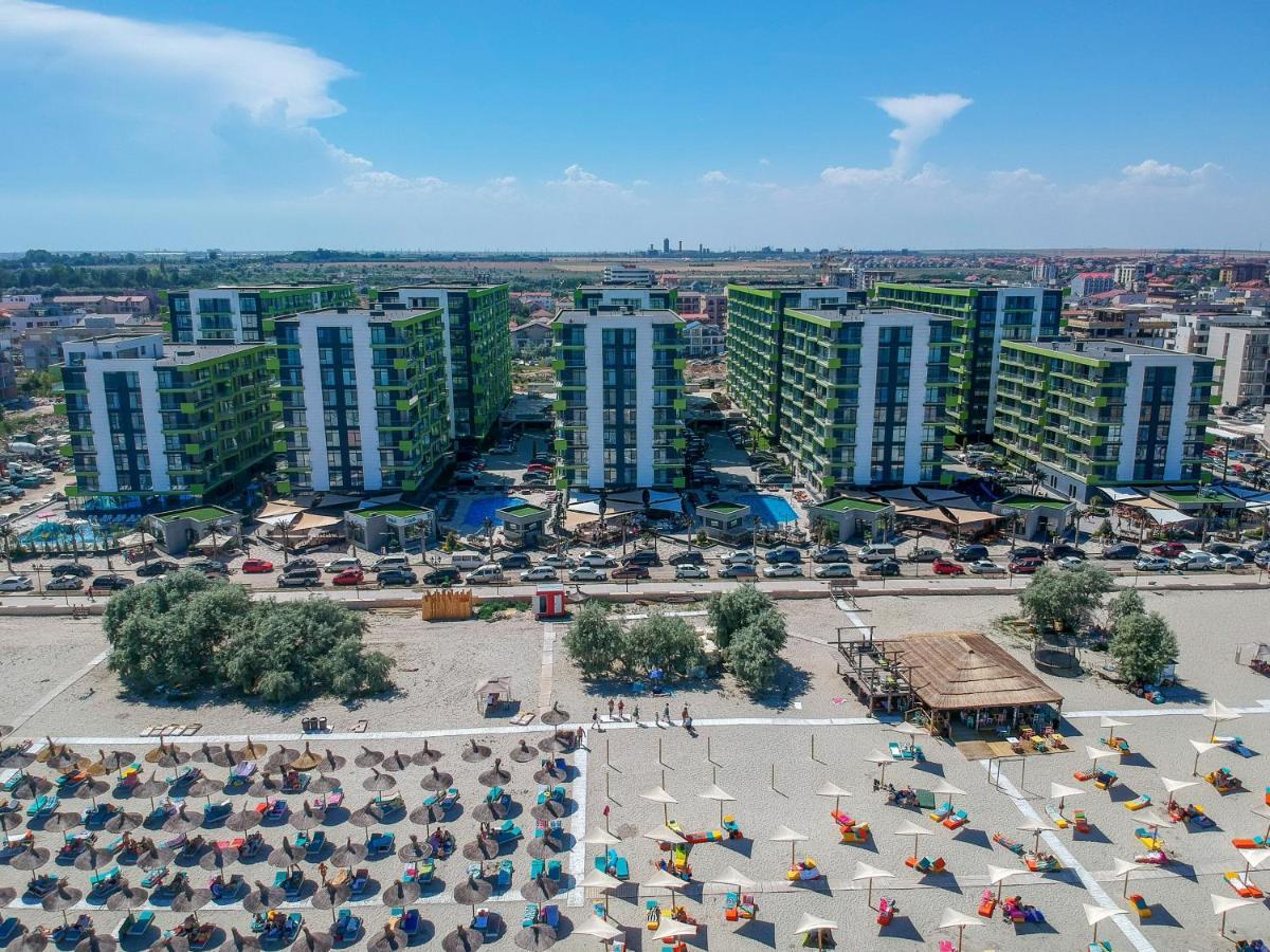 Апарт-отель  Alezzi Beach Resort