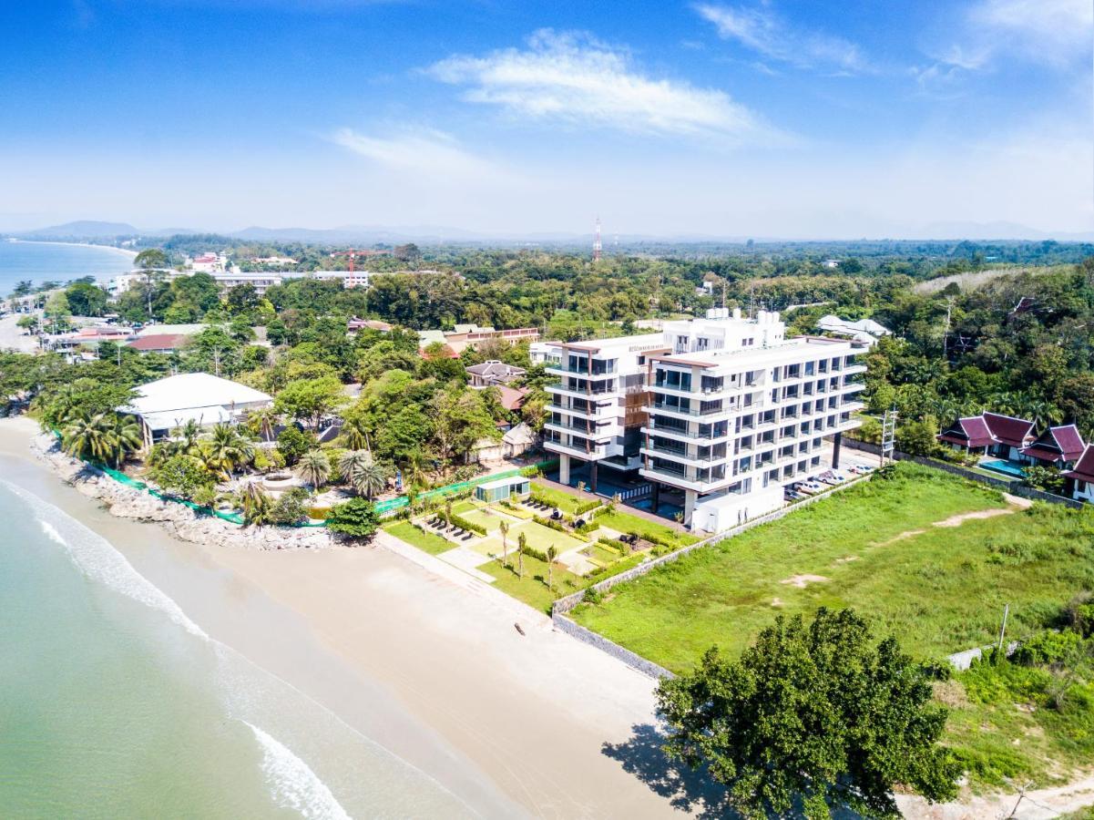 Апартаменты/квартиры  Escape Condominiums Beachfront Suites - Mae Phim