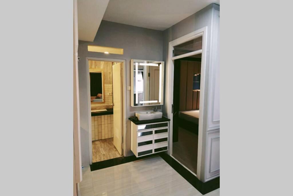 Апартаменты/квартира  Cozy Apartemen In Bogor