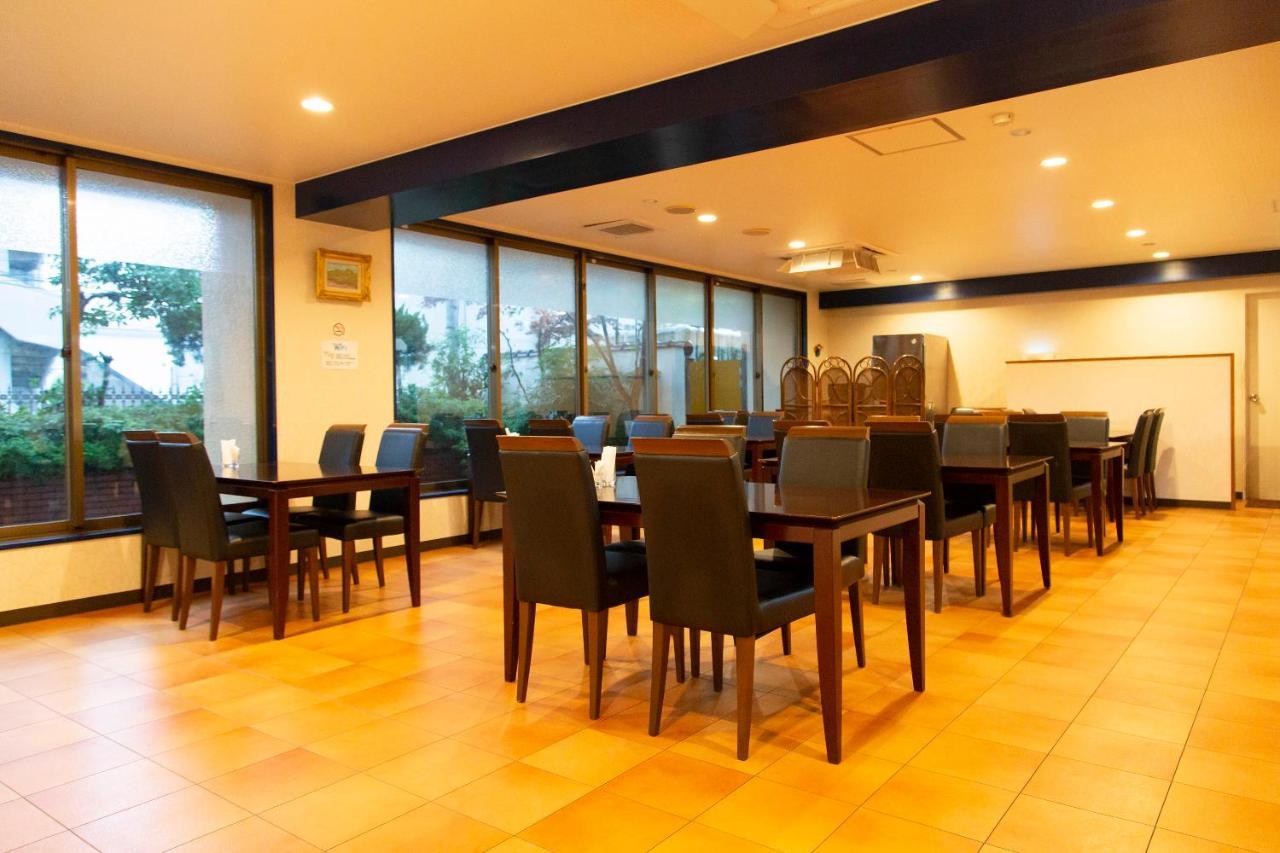 記念日におすすめのレストラン・OYO Sasebo Palace Hotelの写真6