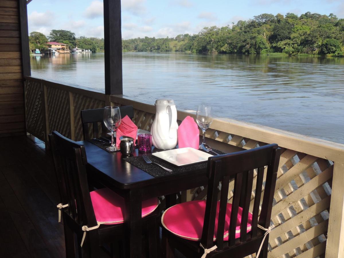 Restaurant ou autre lieu de restauration dans l'établissement Ecolodge Luna del Rio