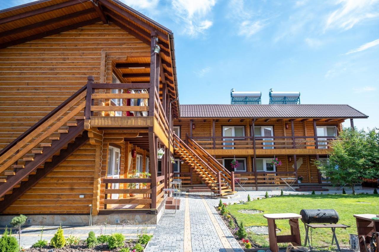 Мини-гостиница  Rybatska 7