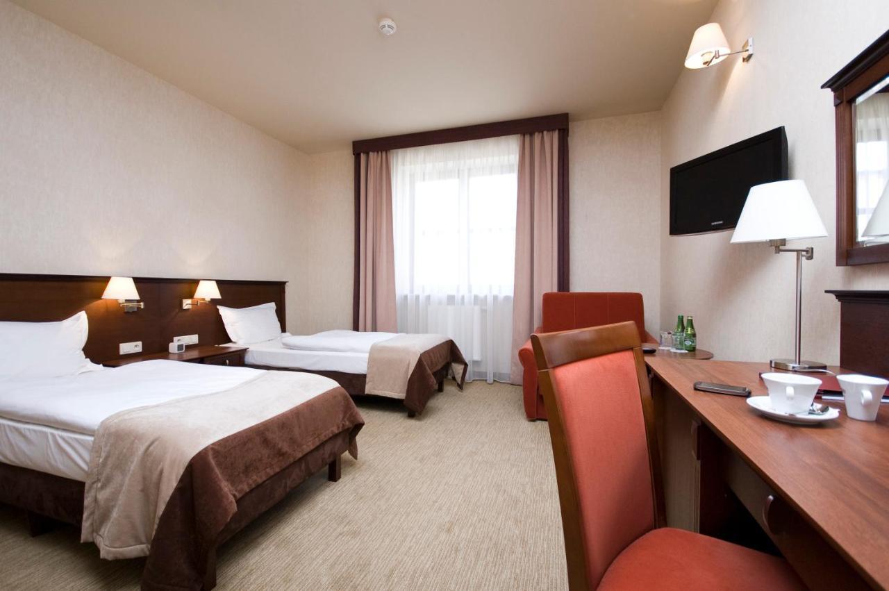 Отель  Hotel Korona Spa & Wellness