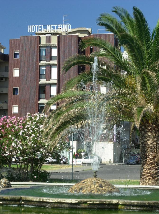 Отель  Hotel Nettuno